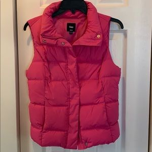 Small pink Gap puffer vest